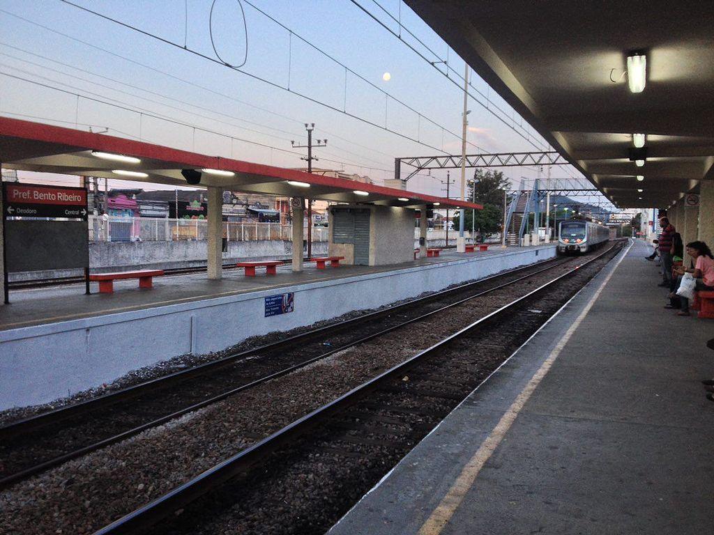 Estação Bento Ribeiro
