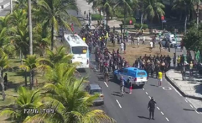 Manifestação Lúcio Costa