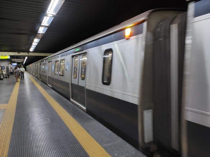 Trem no MetrôRio